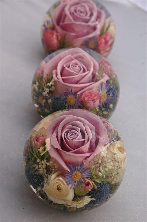 wedding flower paperweights   flowers preserved