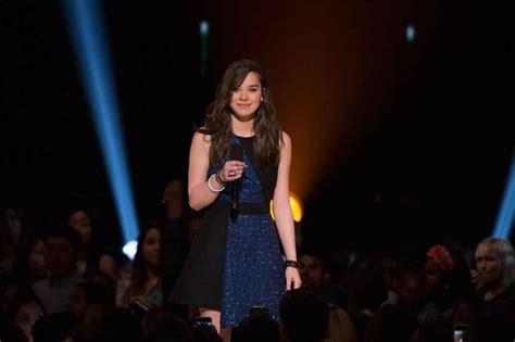 Hailee Steinfeld – 2015 Radio Disney Music Awards in Los ...
