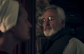 The Handmaid's Tale season 4: June Osborne star teases ...