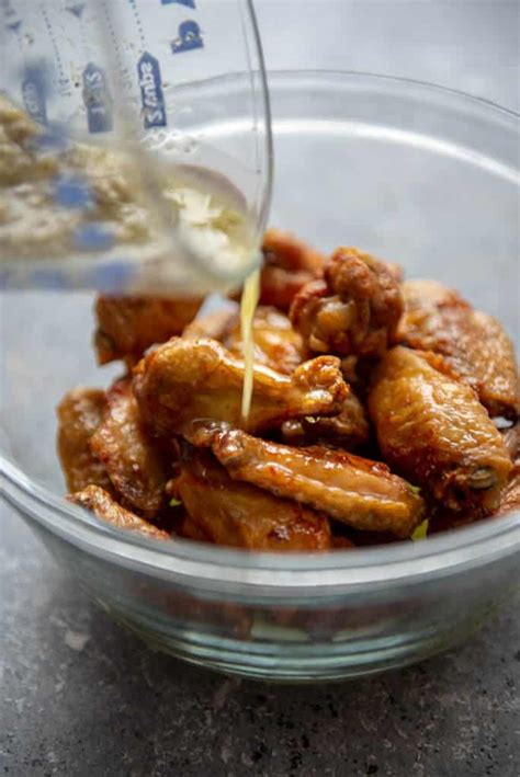 garlic wings air fryer parmesan chicken sauce honey herb