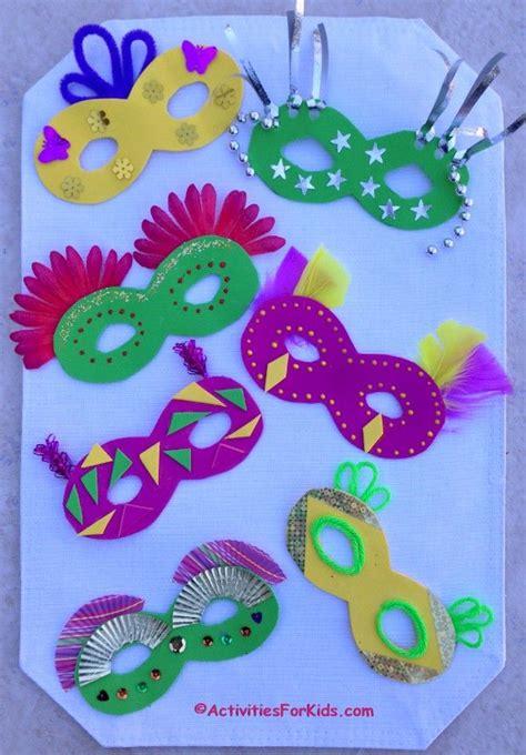 how to decorate a mardi gras mask mardi gras crafts 221 | d4a25c0f3da21c69ca2b1e990b8ca2c9
