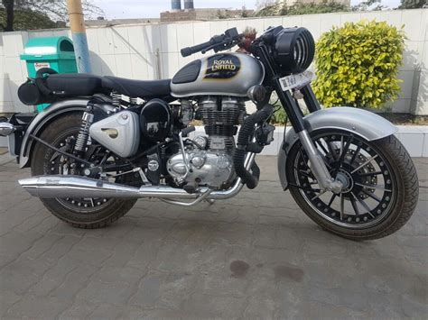 Modification Royal Enfield Bullet 350 by Bullet 350 Modified Royal Enfield Classic 350