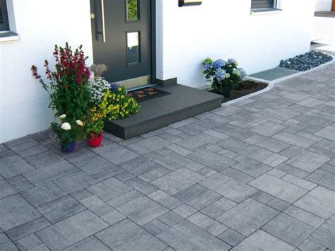 Pflastersteine Modernes Haus by Inspirational Design Pflastersteine Modern Haba Beton
