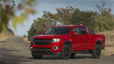 chevrolet colorado news  reviews motorcom