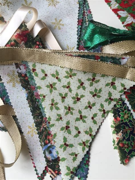 sew christmas bunting  minutes