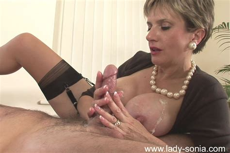 Busty British Mature Lady Sonia Enjoys A Cock Pichunter