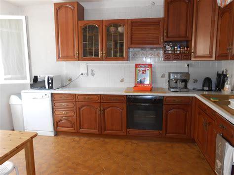 cuisine 駲uip馥 en bois armoire cuisine bois indogate cuisine