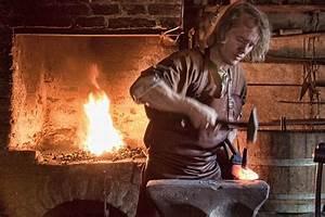 medieval blacksmith - photo by Hans Splinter / Flickr ...