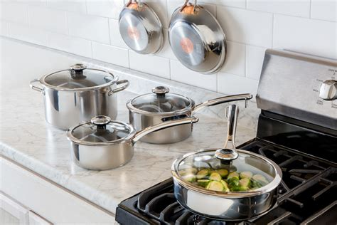 kitchen cookware sets  graduates  newlyweds epicurious