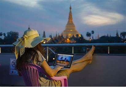 Travel Traveling Job Without Working Remote While