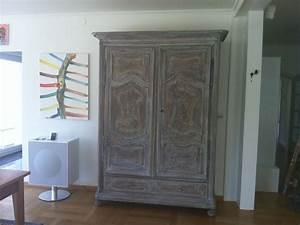 Alte Möbel Streichen Shabby Chic : alter schrank in neuem shabby chick m bel streichen ~ Watch28wear.com Haus und Dekorationen
