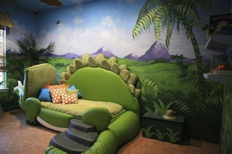 deco chambre dinosaure chambre dinosaure vert baudet design de maison