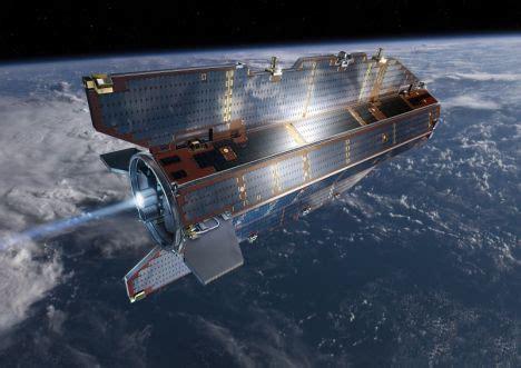 Kosmosa pētnieki meklē uz Zemes nokritušā mākslīgā pavadoņa atliekas - BNN - ZIŅAS AR VĒRTĪBU
