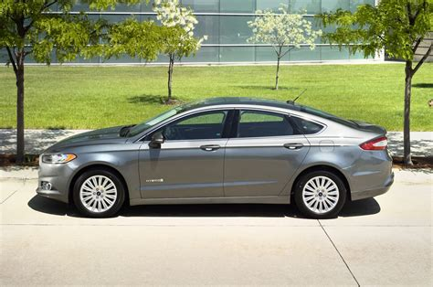 2016 Ford Fusion Hybrid Reviews And Rating
