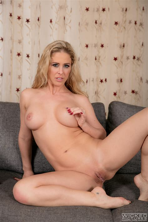 nude blonde woman needs a good fuck photos cherie