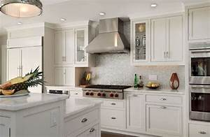 Best backsplash for white cabinets 2017 kitchen for Best backsplash for white kitchen