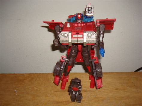 gallery  review  transformers  voyager inferno