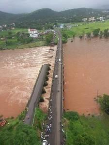 India – Floods Hit Maharashtra and Gujarat, Dozens Feared ...