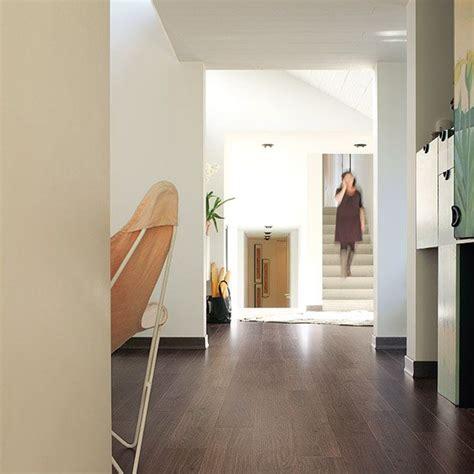 Quickstep Bathroom Laminate Flooring by Quickstep Elite Grey Varnished Oak Ue1305 Laminate