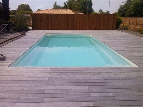 bois de terrasse ipe terrasses en bois exotique ipe grise pour contour de piscine terrasses en bois am 233 nagement