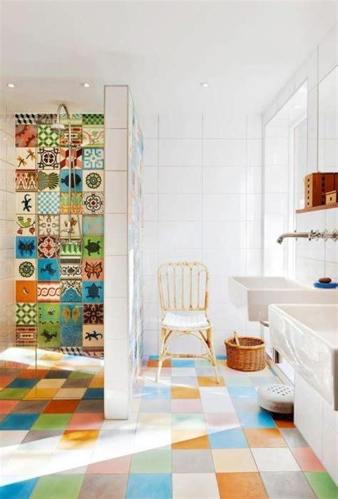 Badezimmer Fliesen Bunt by Badezimmer Fliesen Praktische Gestaltung Mit Starker
