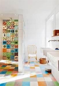 Badezimmer Fliesen Aufpeppen : badezimmer fliesen praktische gestaltung mit starker wirkung ~ Bigdaddyawards.com Haus und Dekorationen