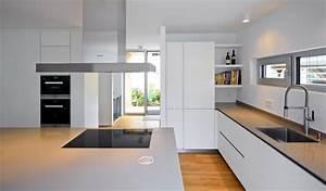 Deckenlampe Küche Modern : wohnideen interior design einrichtungsideen bilder homify ~ Frokenaadalensverden.com Haus und Dekorationen