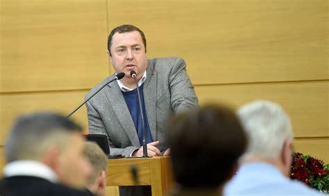 No GKR izstājas seši partijas valdes locekļi - Latvijā ...