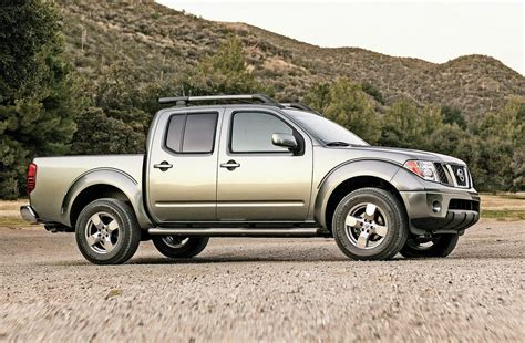 nissan frontier pre owned 2005 2014 nissan frontier photo image gallery