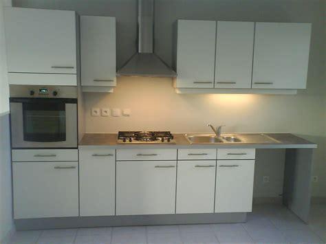en cuisine cuisine pour appartement en location hervé menuiserie