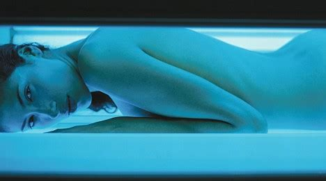 sunburn from tanning bed top cancer doctor says you should a sunbed session