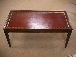 83 1950s vintage leather top coffee table 1314761 for Antique leather top coffee table
