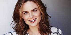 "At Home With Emily Deschanel - Interview With ""Bones"