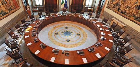 Consiglio Dei Ministro by Consiglio Dei Ministri Infoparlamento