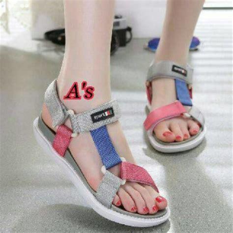 Sepatu Santai Casual Wanita jual baru sandal wanita casual sandal santai sandal gunung