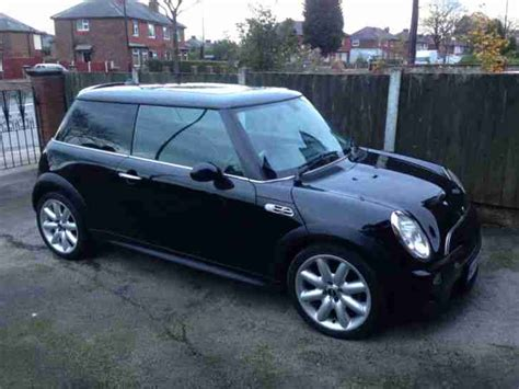 mini  cooper  blacksat nav stunning car  sale