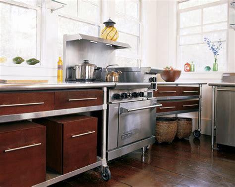 A Lowbudget, Sleek & Unusual Kitchen Cabinet Solution