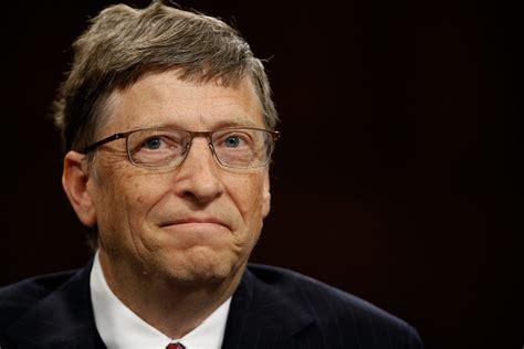 bill gates  donated  billion  charity