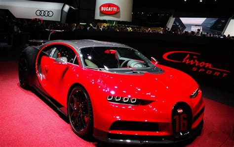2019 Bugatti Chiron Sport Puts 1,500hp Supercar On A Diet