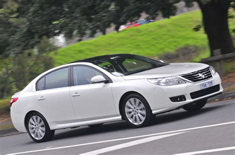Renault Latitude Review Photos Caradvice