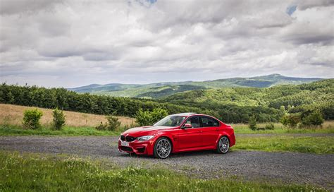 Video Bmw M3 Competition Package Goes For 0250 Kmh Run