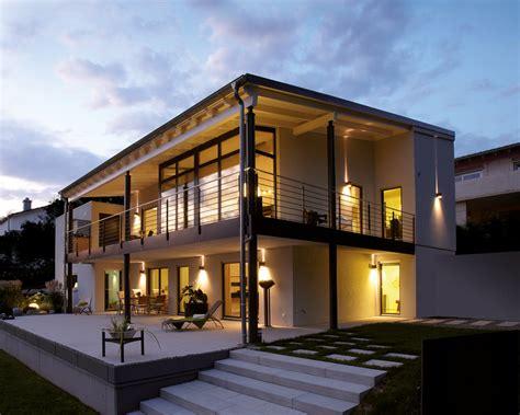 Moderne Häuser Aussenanlage by Geplantes Architektenhaus Am Hang So K 246 Nnte Es