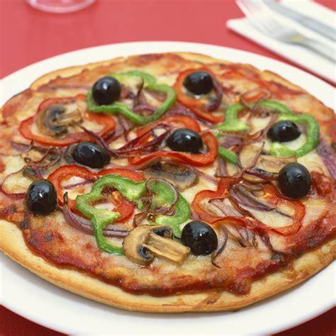 cuisiner une pizza pizza à l 39 italienne cuisine plurielles fr
