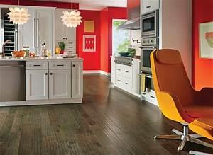 Best kitchen floors that stand floor traffic consumer for Top 4 best kitchen flooring options
