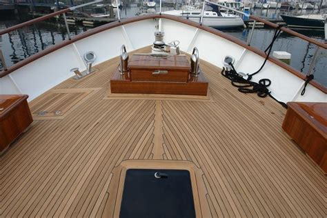 Find Affordable Boat Deck flooring material ,marine wood