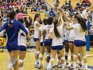 Women's volleyball wins one, loses two at Grand Canyon ...
