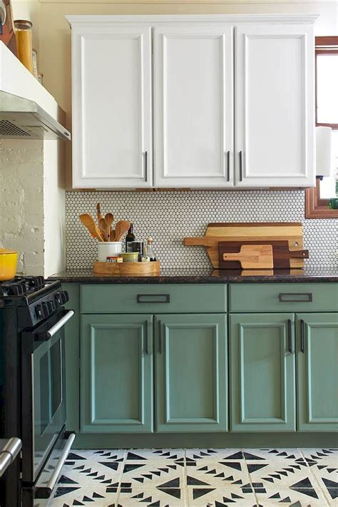 70 Inspiring Rustic Farmhouse Kitchen Cabinets Makeover
