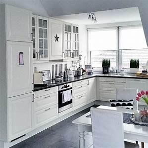 Ikea Küchenschränke Weiß : ikea kueche schwarz weiss ideen k che pinterest k che schwarz ikea k che und ikea ~ Eleganceandgraceweddings.com Haus und Dekorationen