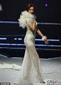 43歲林志玲內衣秀 白色透視裙優雅黑短裙野性 - 每日頭條
