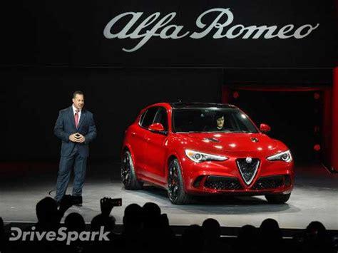 Alfa Romeo Dealer Los Angeles by Los Angeles Auto Show 2016 Alfa Romeo Stelvio Unveiled